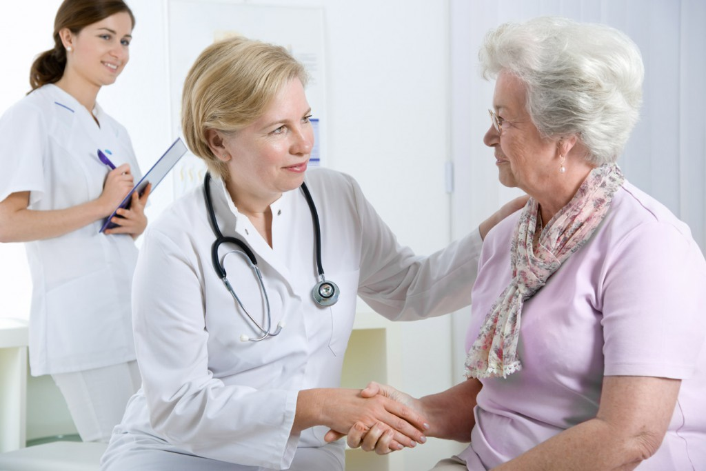 nurse practitioner meeting patient